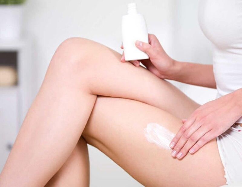 Muchas mujeres optan por usar crema con tretinoína para eliminar las estrías.