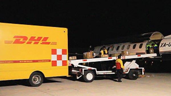 Inuaguran nuevo centro de distribución en el Aeropuerto Internacional de Querétaro. (Foto: Cortesía DHL)