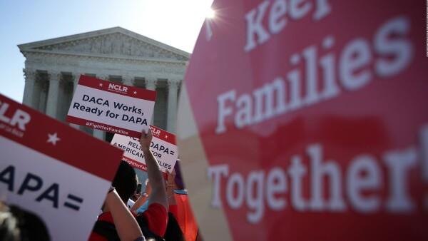 Gobierno de Trump elimina la acción diferida para padres indocumentados DAPA
