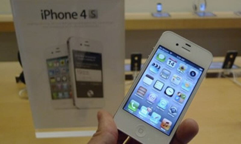 El iPhone 4S salió a la venta en Estados Unidos, Australia, Canadá, Francia, Alemania, Japón y Reino Unidos. (Foto: Reuters)