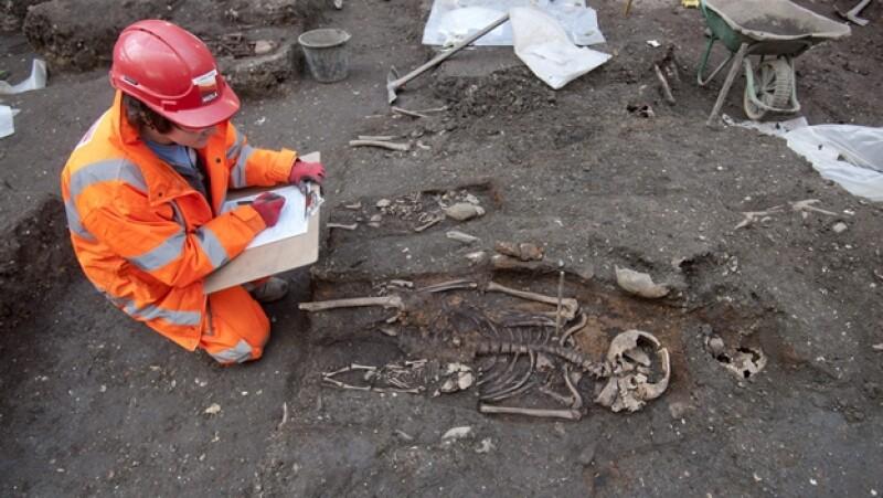 arqueologos londres bedlam crossrail
