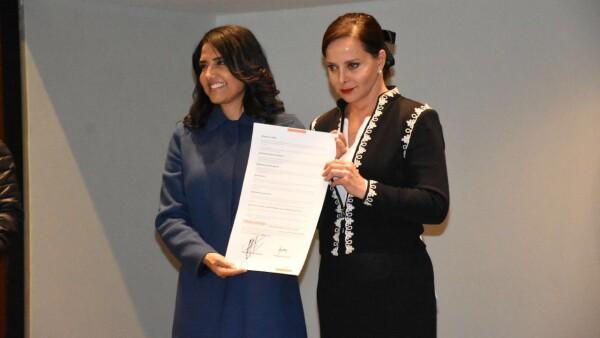 Alejadra Barrales se reúne con Purificación Carpinteyro