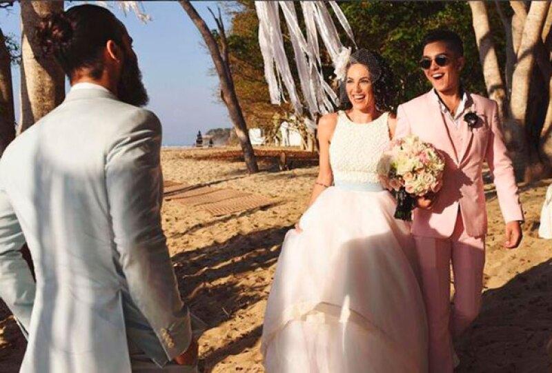 El hijo de la actriz reveló una fotografía inédita del día de la boda de su mamá, en la que son evidentes la felicidad y la ilusión en ambos.