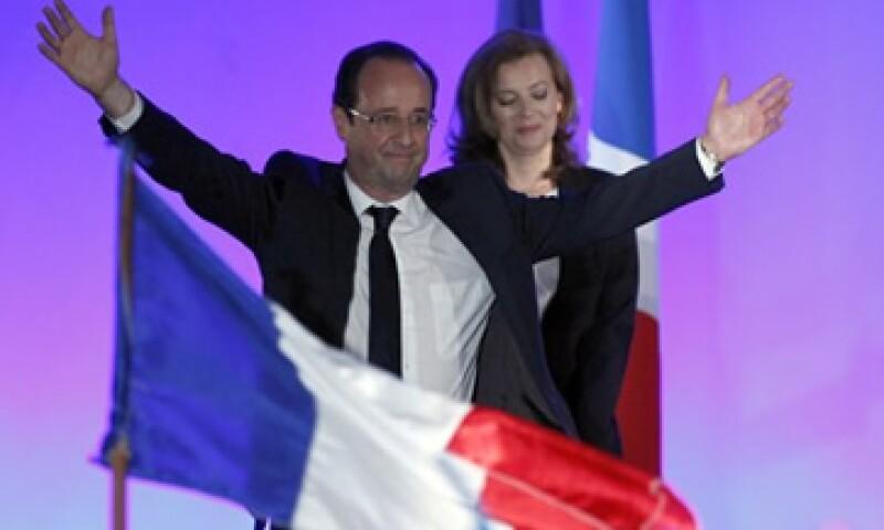 Francois Hollande, el presidente electo de Francia, es presionado por sus asesores para que baje el gasto en seguridad social. (Foto: Reuters)