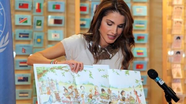 La soberana se encuentra de gira, como autora del libro infantil `The Sandwich Swap´, que ha tenido un gran éxito en ventas en Estados Unidos.
