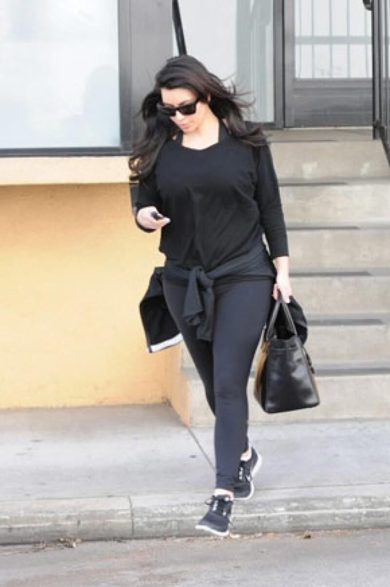 Kim saliendo del gym.