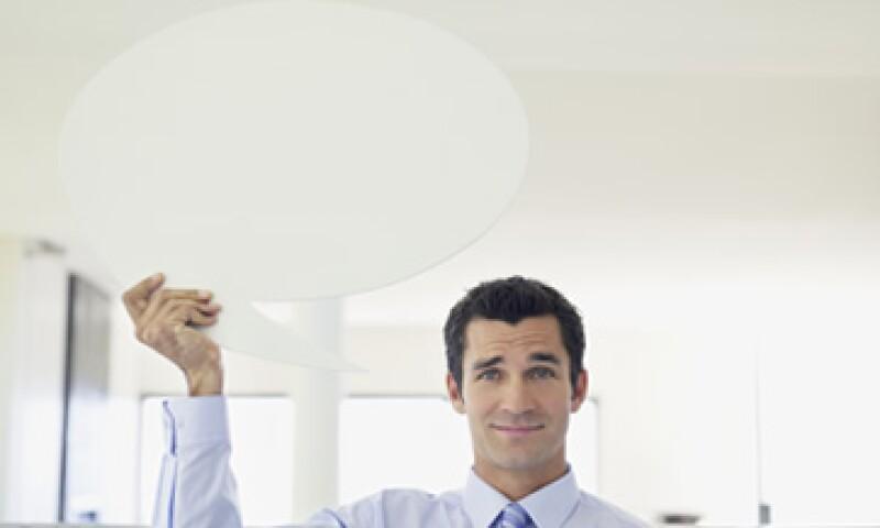 Las empresas deben buscar diversas vías de comunicación con sus empleados. (Foto: Getty Images)