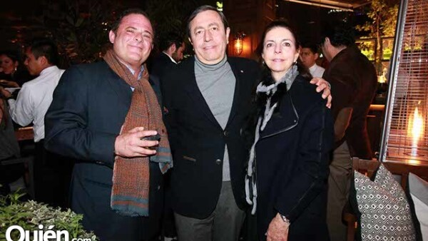 Pepe Cuaik con Rogelio y Cristina Melgar