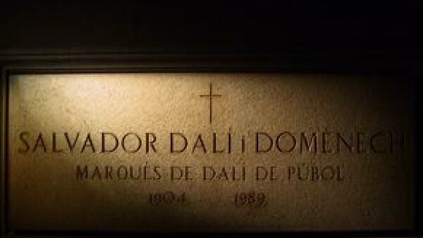 """Con motivo de su aniversario luctuoso el Museo Dalí en España expone su obra más emblemática y famosa: """"La Persistencia de la Memoria"""", pintada en 1931, cuando tenía 27 años."""