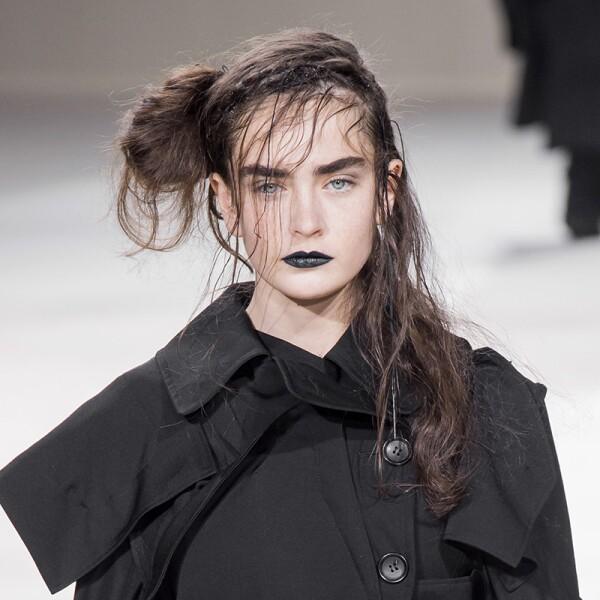 PFW-Paris-Fashion-Week-Runway-Pasarela-Beauty-Look-Belleza-Yohji-Yamamoto