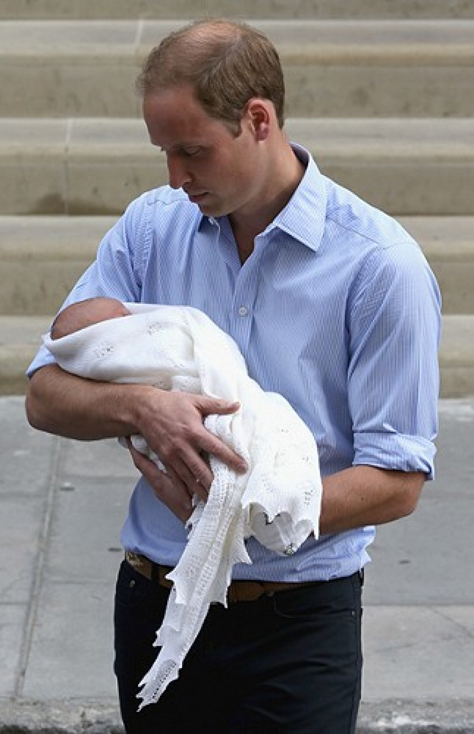 El papel de padre le queda muy bien a Guillermo, disfruta mucho de su hijo.