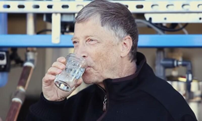 Gates dijo que el agua es 'tan buena como la de cualquier botella'. (Foto: Especial)