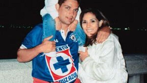 Toda la familia acostumbraba ir a los partidos del Cruz Azul porque él era fan, mientras que Marigely le iba a los Pumas.