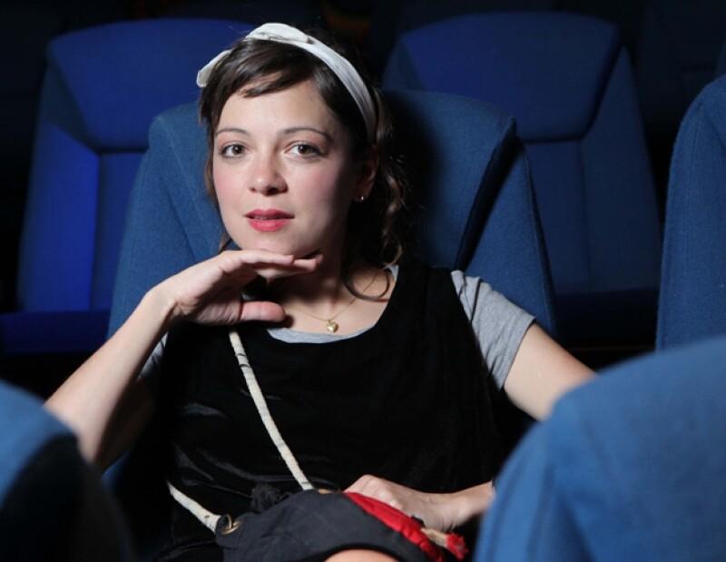 """La cantante tiene un personaje muy importante en la película """"El Cielo en Tu Mirada"""", en donde interpreta a una joven superficial."""