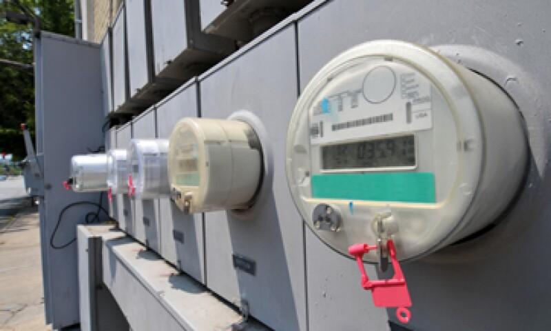 La CFE planea combatir el robo de energía con un dispositivo 'anti diablitos' diseñado por la empresa 3M. (Foto: Getty Images)
