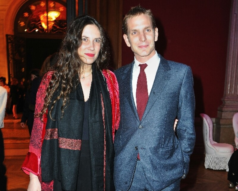 """Luego de casi 3 meses de haberse convertido en papás por primera vez, la pareja hizo su primera aparición pública en Mónaco, durante la presentación de """"Cruise"""" nueva colección de la firma Dior."""