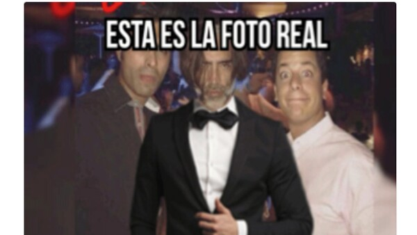 En las últimas horas la foto de El Potrillo de fiesta en Las Vegas inundó redes sociales y es ahora que el cantante responde a todos con mucho humor.