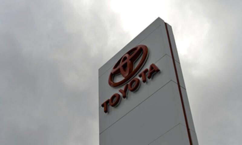 Toyota ya tiene una fábrica para camionetas en México, pero no ensambladora de autos. (Foto: AFP )