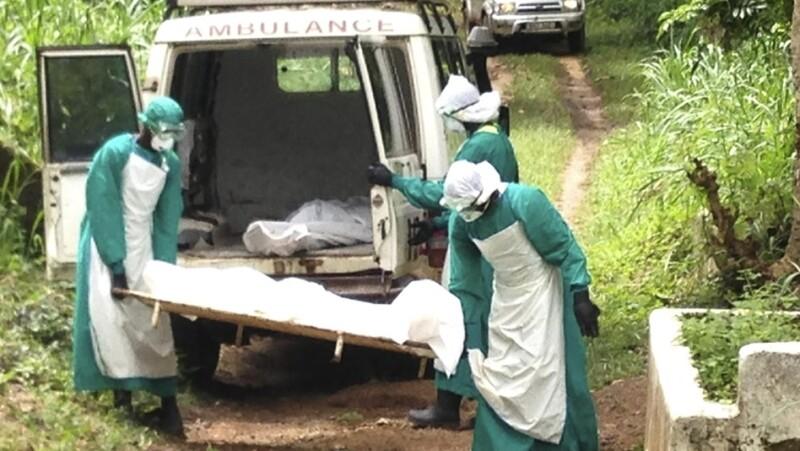 El balance de la epidemia de fiebre hemorrágica provocada por el virus del Ébola en África occidental, provocando cerca de 50 muertes derivado de 1,300 en julio pasado