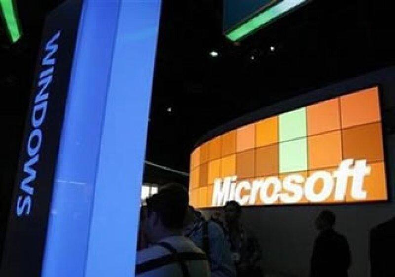 Microsoft tuvo una caída en sus ganancias y ventas mayor a la esperada. (Foto: Reuters)