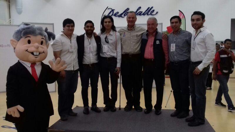 Los candidatos participaron en una serie de foros que organizó la Universidad La Salle campus Victoria.