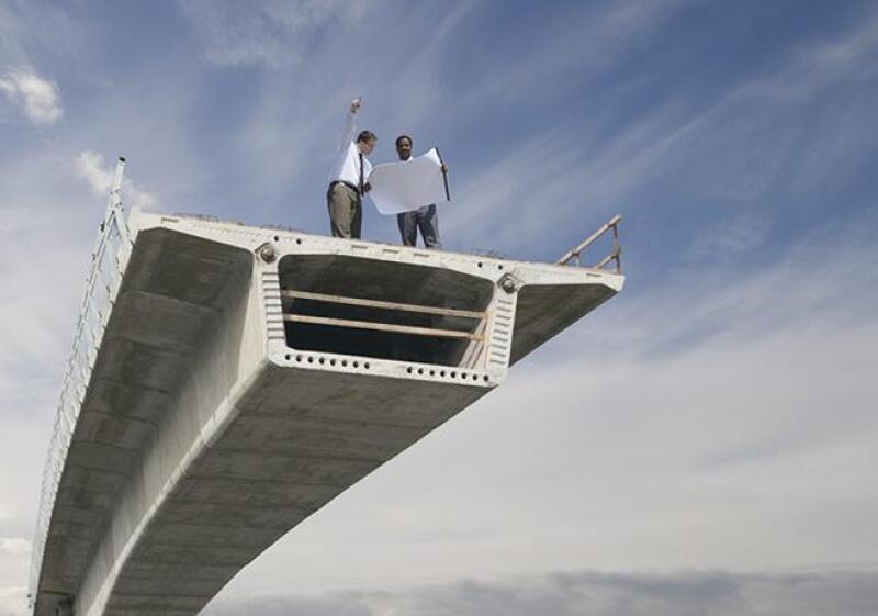 Puente en construcci�n
