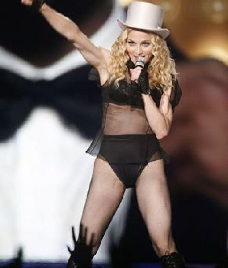 La cantante cerró su gira en Atenas, donde ofreció un concierto de casi dos horas.