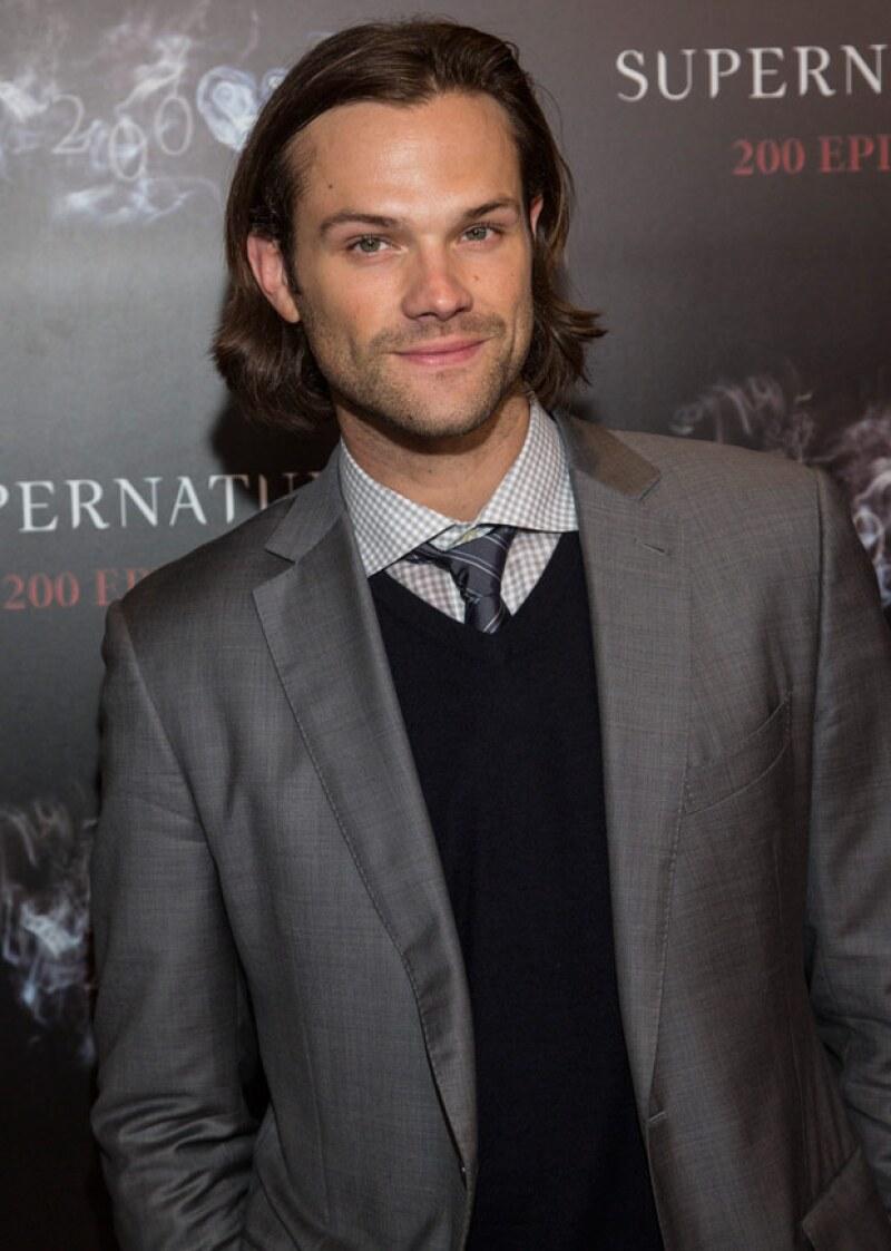 El actor fue el novio de la adolescencia de Rory, y ahora es un guapo -y alto- actor con pelo largo.