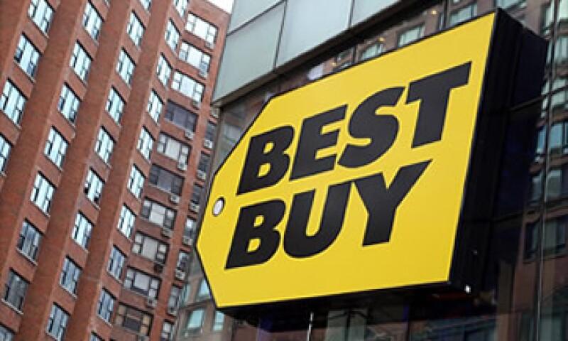 El expresidente de Best Buy, Richard Schulze, busca comprar la empresa pagando entre 24 y 26 dólares por acción. (Foto: Cortesía Fortune)