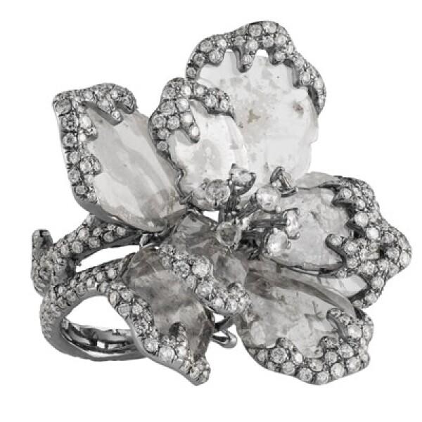 El diamante es la piedra preciosa más resistente que existe y únicamente puede ser cortada por otro diamante.