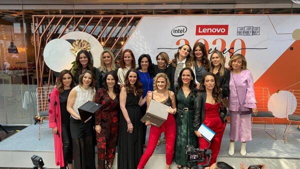 Mujeres Lenovo 2020