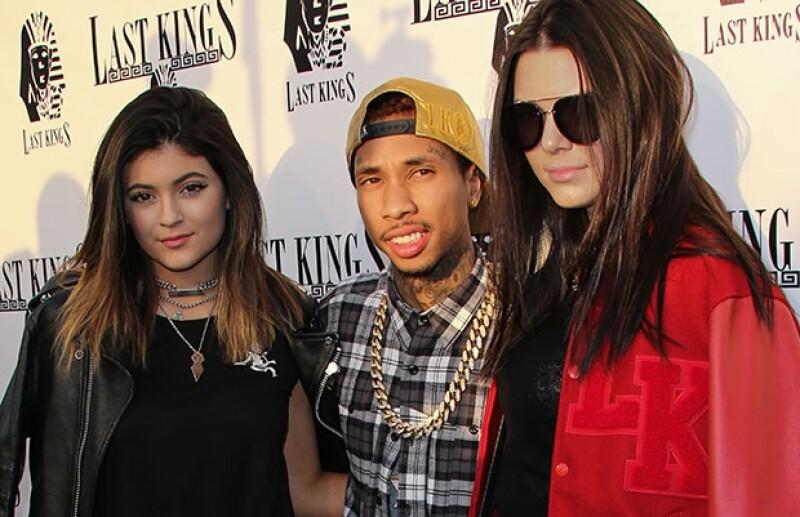 Una fuente cercana al rapero asegura que este sale con Kylie, pero su relación no ha pasado al plano físico porque la joven es aún menor de edad
