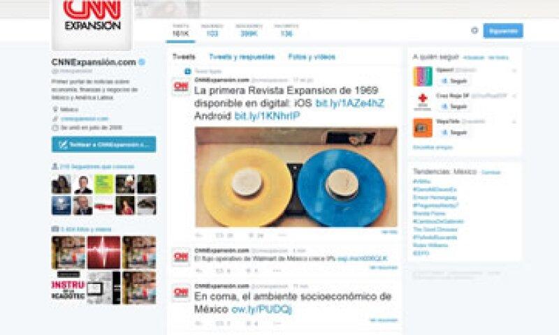 El fondo de Twitter en su versión web ahora es una tonalidad entre el blanco y el gris para todos sus usuarios. (Foto: Twitter/@cnnexpansion)
