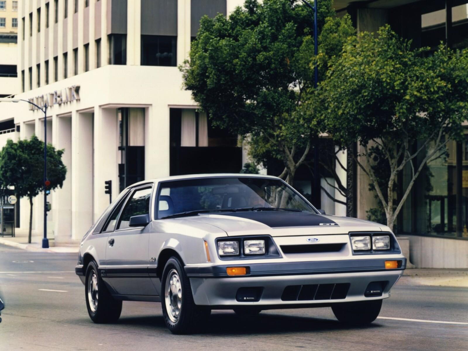 Mustang's V-8