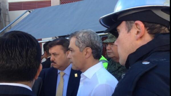 Miguel Ángel Mancera reporta en su cuenta de Twitter que el cuerpo de una mujer fue hallado durante la remoción de escombros.