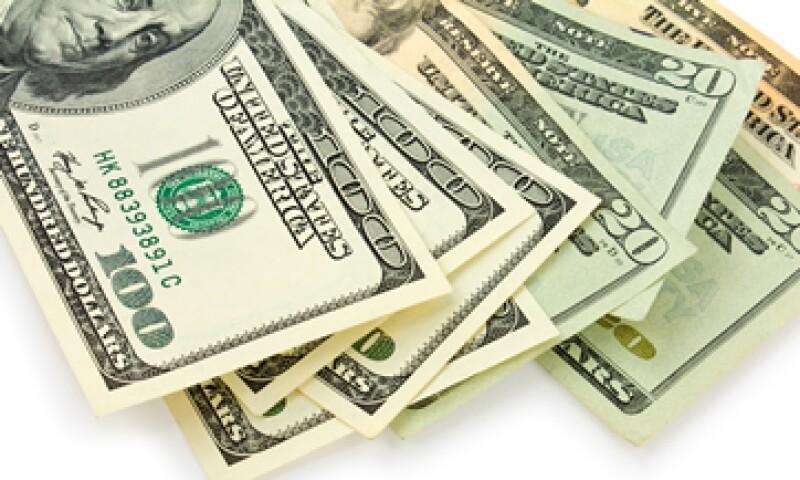A la compra, el dólar se ubica en 16.66 pesos. (Foto: shutterstock)