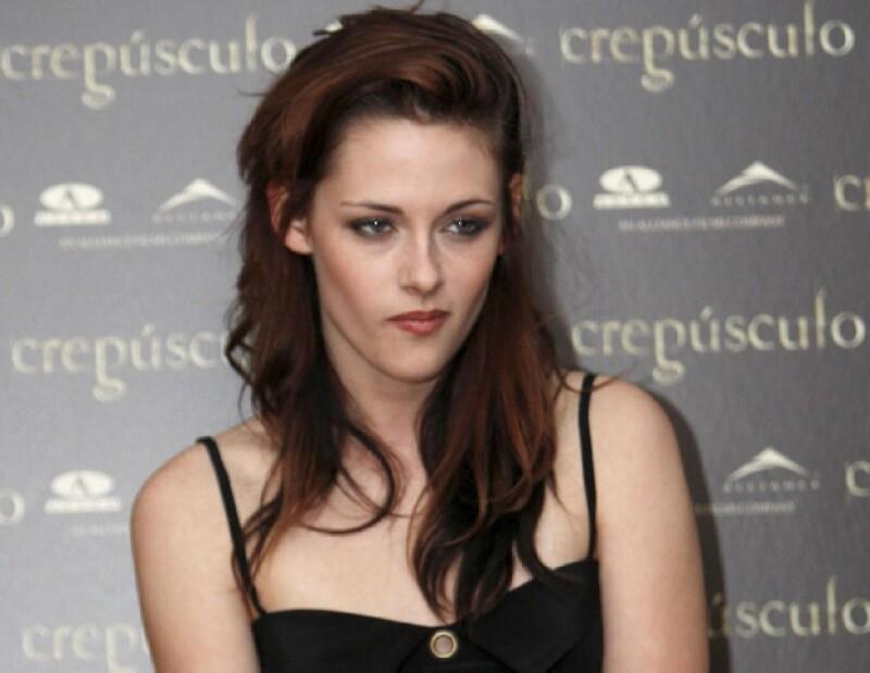 Kristen está en medio del escándalo por ser infiel a Pattinson.