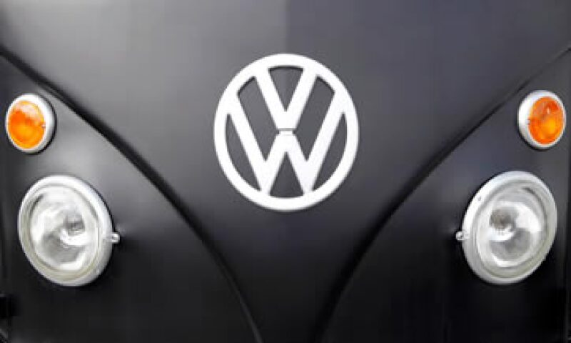 Volkswagen está en medio de un escándalo por la adulteración de pruebas de emisiones tóxicas. (Foto: Reuters)