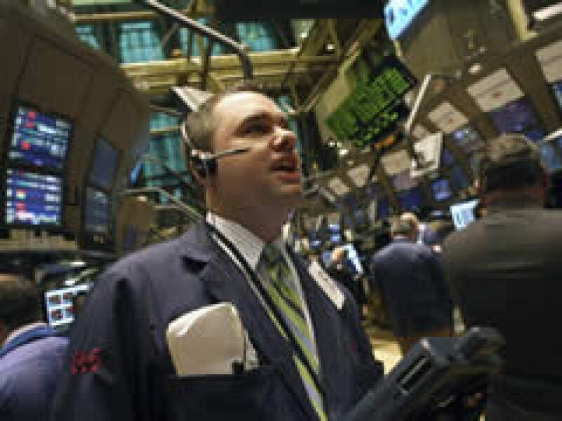Wall Street tuvo un rebote favorable tras su cierre negativo de ayer. (Foto: Reuters)