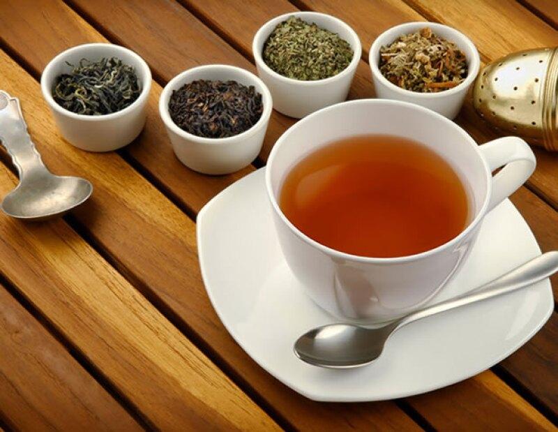 ¿Dolor de estómago? ¿Síntomas de gripa? Opta por alguno de estos tés. Además de brindar un delicioso sabor, te ayudarán a recuperarte de distintas enfermedades.