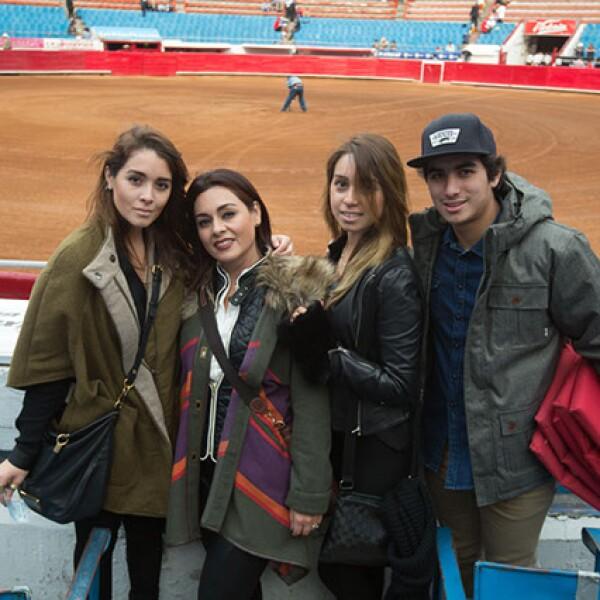 Mariana Tejeda,Ana Cristina Tejeda,Araceli Tejeda,Manuel Tejeda