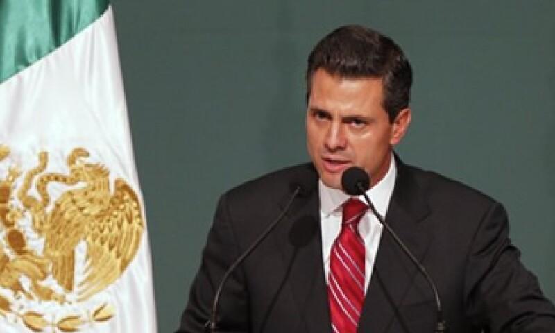 Peña Nieto había indicado que comenzará a reunirse con el presidente Felipe Calderón para guiar la transición. (Foto: Reuters)