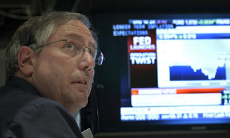 La Fed anunció una compra de bonos a largo plazo por 400,000 mdd. (Foto: Reuters)