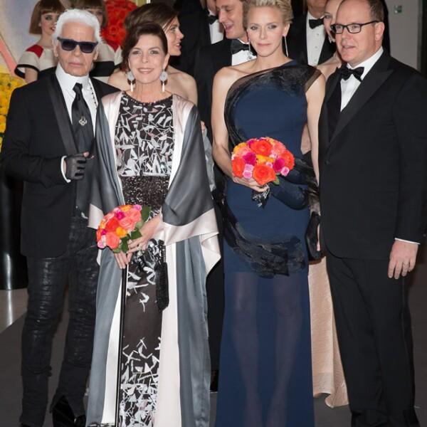 Karl Lagerfeld, princesa Carolina, Carlota Casiraghi, Charlene y  Alberto de Monaco.