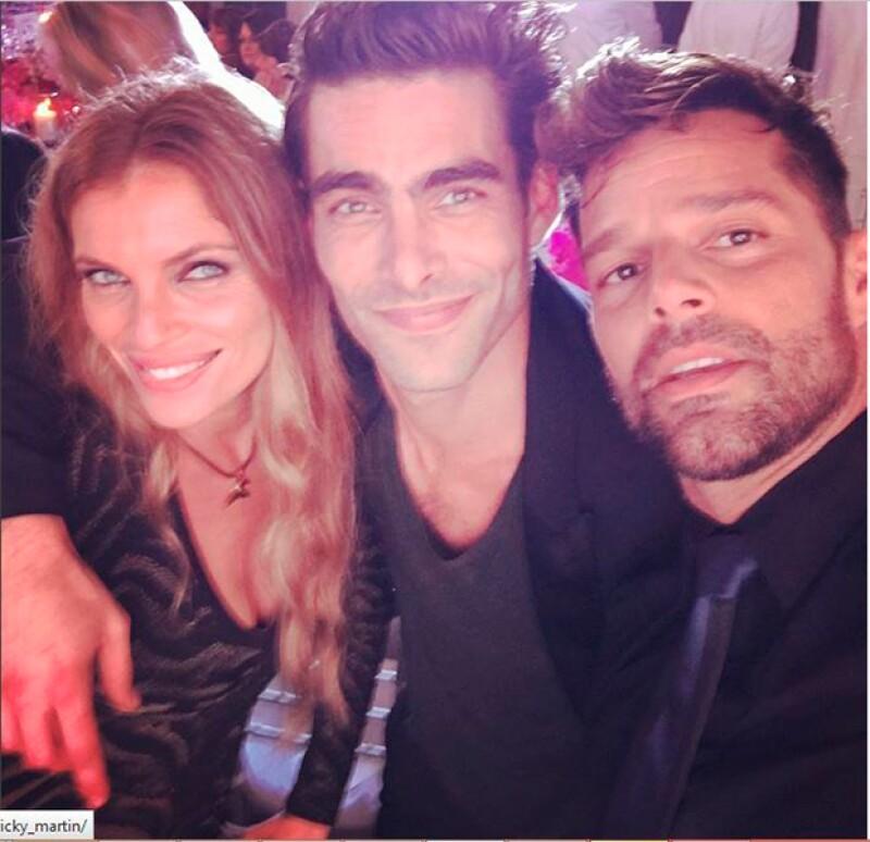 Durante el evento Ricky convivió con otros grandes amigos, entre ellos la actriz y modelo española Esther Cañadas.