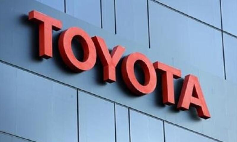 La firma japonesa Toyota dijo que sus inversiones responden a su plan de largo plazo.  (Foto: AP)