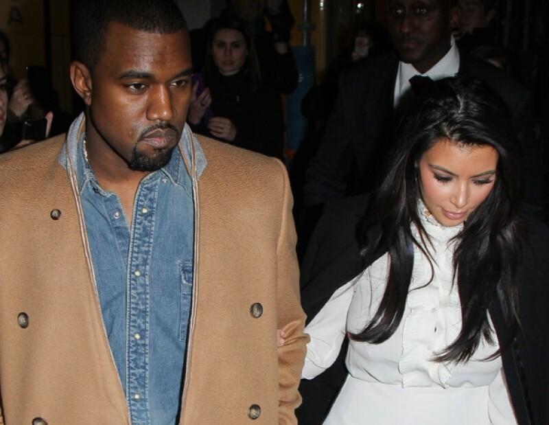 Una fuente cercana asegura que al rapero le da miedo la sangre, por ello es que el resto del clan Kardashian se burla de él.