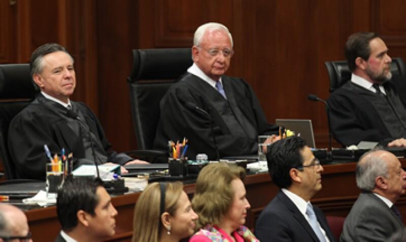 Eduardo Medina Mora inició formalmente el martes sus labores en la Corte. (Foto: Notimex )
