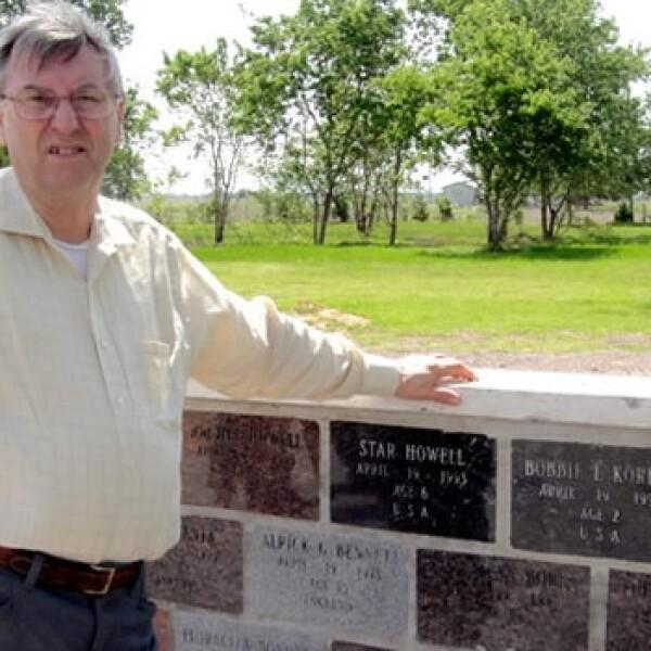 Waco - Clive Doyle