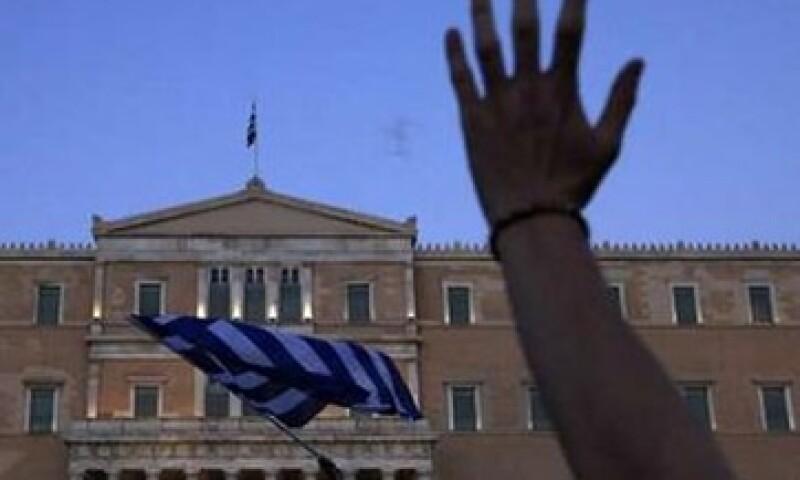 El siguiente paquete de ayuda que se libere, puede ser de unos 120,000 mde, incluyendo los ingresos por privatizaciones en Grecia. (Foto: Reuters)